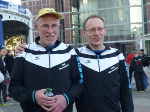 laeufer-tsg-westerstede-nach-dem-frankfurt-marathon-gross
